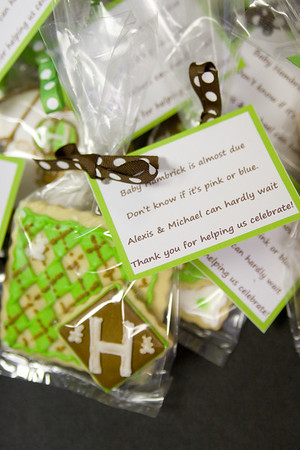 Packaged cookies with custom tags